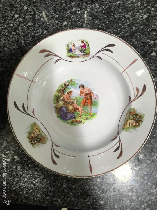 PLATO ANTIGUO MARCA OVIEDO (Antigüedades - Porcelanas y Cerámicas - San Claudio)