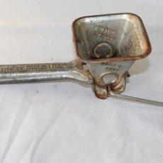 Antigüedades: MOLINILLO RALLADOR MOULI PERSIL - FRANCE. Lote 57742042