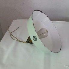Antigüedades: LAMPARA INDUSTRIAL BUENISIMA MARCA LEP,PANTALLA DE HIERRO ESMALTADO,AÑOS 1915 APROX. Lote 57743556