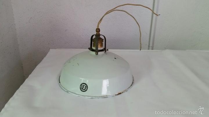 Antigüedades: LAMPARA INDUSTRIAL BUENISIMA MARCA LEP,PANTALLA DE HIERRO ESMALTADO,AÑOS 1915 APROX - Foto 2 - 57743556