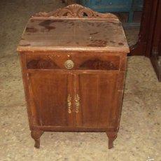 Antigüedades: MESILLA DE MADERA. Lote 57762230