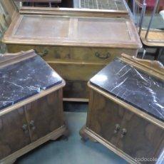 Antigüedades: MAGNIFICO JUEGO DE DORMITORIO. DE MADERA. PRECISA RESTAURACIÓN. VER FOTOS. Lote 57771912