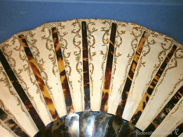 Antigüedades: Abanico pericón de carey y cabritilla, pintado a mano. - Foto 6 - 57799124