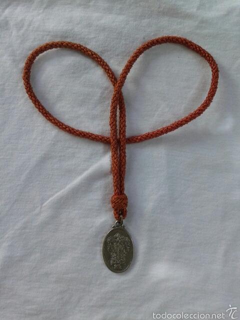 MEDALLA HERMANDAD DE LA SANTA CRUZ DE EL ALAMO, SEVILLA (Antigüedades - Religiosas - Medallas Antiguas)
