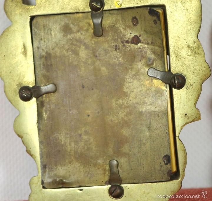 Antigüedades: PAREJA DE CORNUCOPIAS EN METAL DORADO. MOTIVOS FLORALES. EUROPA. SIGLO XIX-XX. - Foto 11 - 57829750