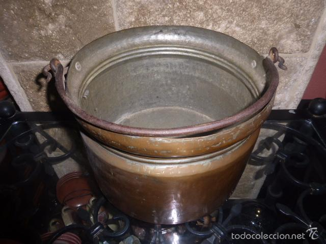 Antigüedades: ANTIGUO CUBO O CALDERA DE COBRE CON EL ASA DE HIERRO - Foto 3 - 57902750