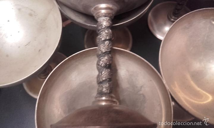 Antigüedades: ANTIGUO JUEGO DE 6 COPAS DE CAVA CON BAÑO DE PLATA - MARCA EP BRASS. SPAIN - Foto 3 - 207341112