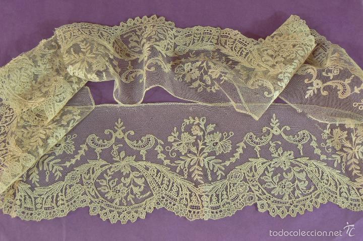 Antigüedades: ANTIGUO ENCAJE DE BRUSELAS PUNTO DE AGUJA Y APLICACION - Foto 7 - 148470445