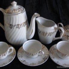 Antigüedades: JUEGO DE CAFE ROYAL POLA GIJÓN CON PORCELANA BLANCA Y CENEFA EN ORO. Lote 57946221