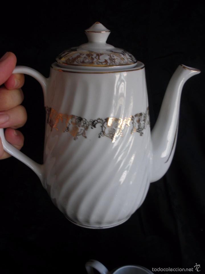 Antigüedades: JUEGO DE CAFE ROYAL POLA GIJÓN CON PORCELANA BLANCA Y CENEFA EN ORO - Foto 14 - 57946221