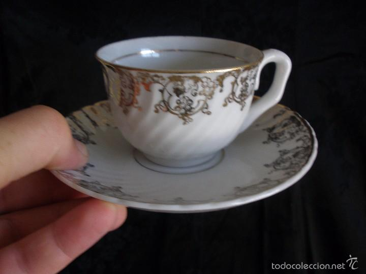 Antigüedades: JUEGO DE CAFE ROYAL POLA GIJÓN CON PORCELANA BLANCA Y CENEFA EN ORO - Foto 15 - 57946221
