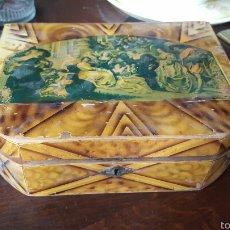 Antigüedades: MUY ANTIGUA CAJA JOYERO DE MADERA CON ESPEJO. Lote 57975970