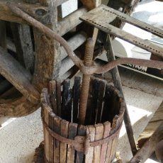 Antigüedades: ANTIGUA PRENSA DE VINO, TIENE MUCHA EPOCA. . Lote 57991875