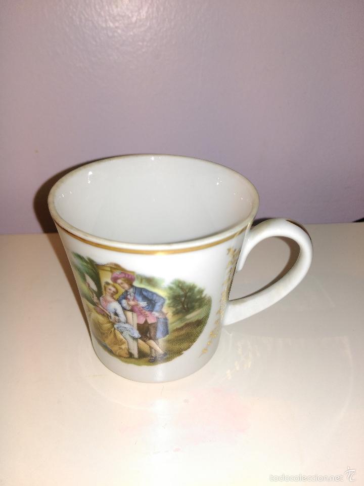 Antigüedades: taza de porcelana muy fina y pan de oro. Santa Clara. Vigo. Escena romántica - Foto 2 - 58070133