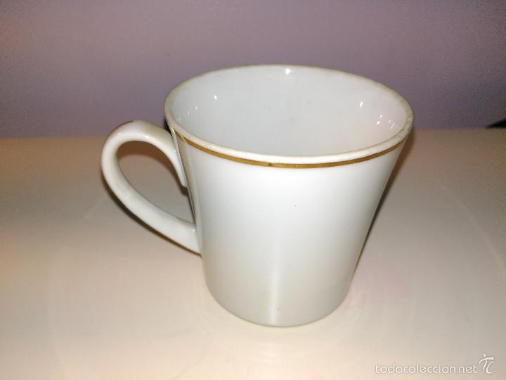 Antigüedades: taza de porcelana muy fina y pan de oro. Santa Clara. Vigo. Escena romántica - Foto 4 - 58070133