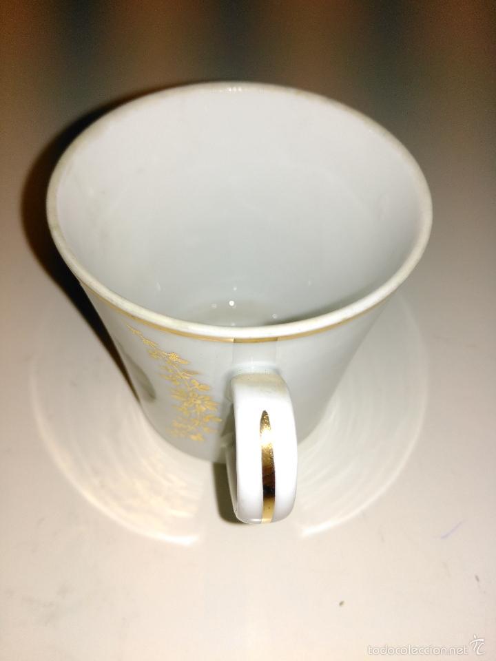 Antigüedades: taza de porcelana muy fina y pan de oro. Santa Clara. Vigo. Escena romántica - Foto 5 - 58070133