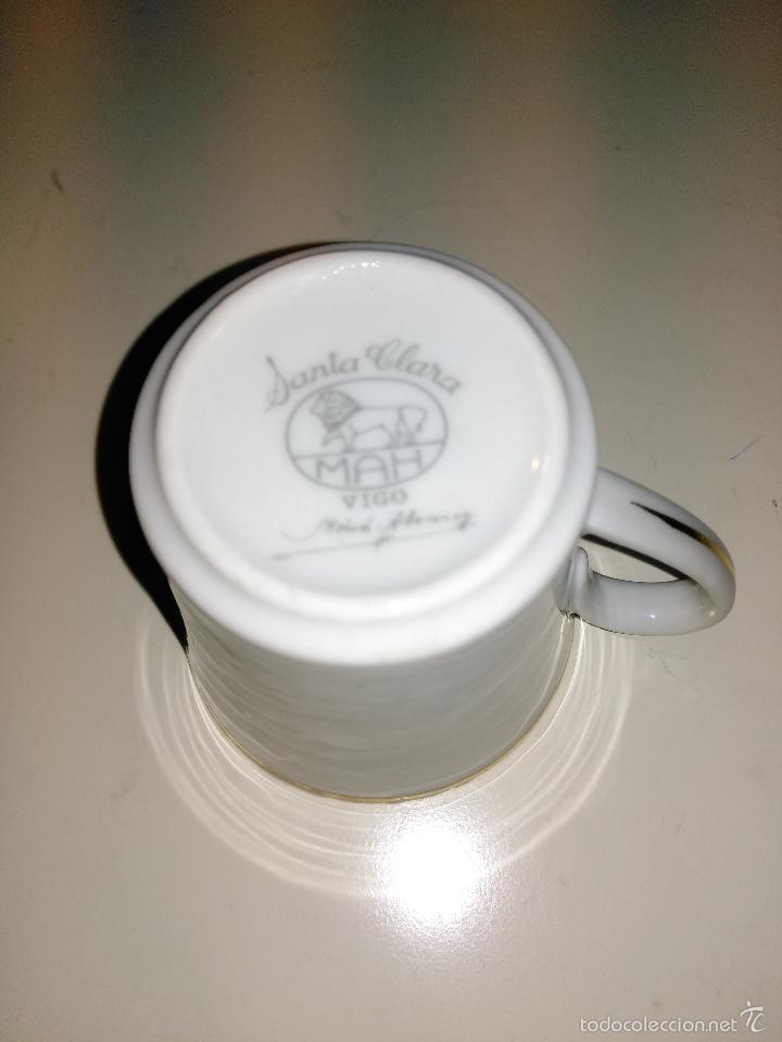Antigüedades: taza de porcelana muy fina y pan de oro. Santa Clara. Vigo. Escena romántica - Foto 6 - 58070133