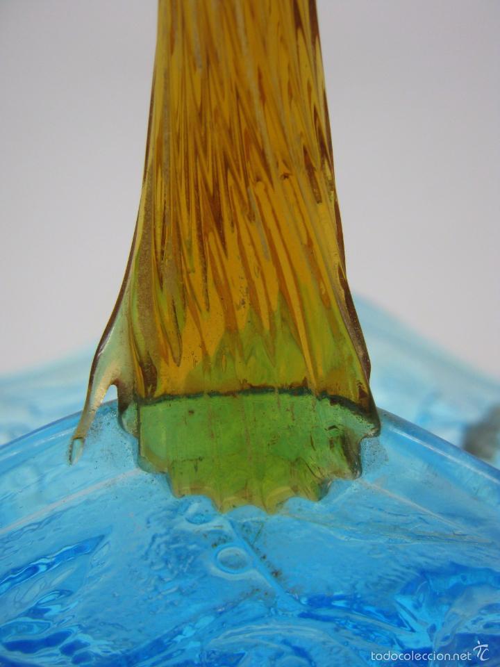 Antigüedades: SIGLO XIX Espectacular Cesta Cristal Bicolor . Hojas de Parra Uvas Vid - Foto 7 - 58110693