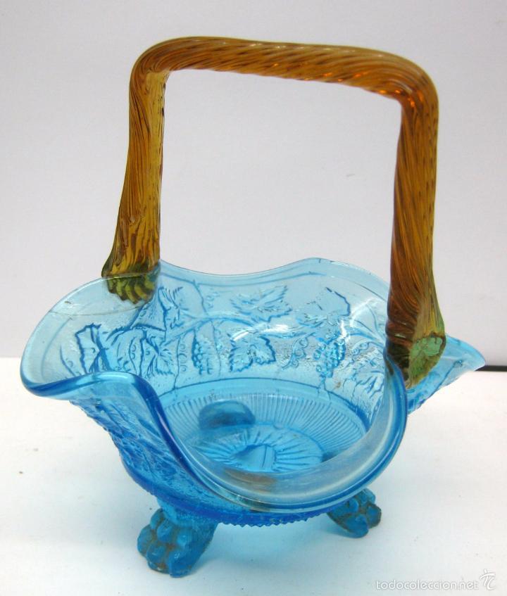 Antigüedades: SIGLO XIX Espectacular Cesta Cristal Bicolor . Hojas de Parra Uvas Vid - Foto 11 - 58110693