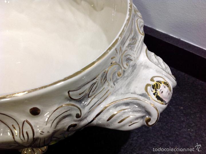 Antigüedades: Sopera portuguesa de gran tamaño, pintada a mano y con dorados. Pereiras valado Portugal - Foto 6 - 58120385