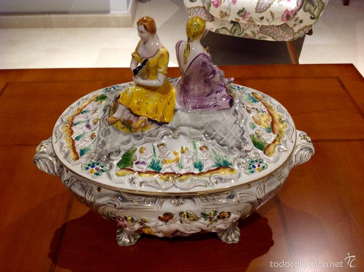 Antigüedades: Sopera portuguesa de gran tamaño, pintada a mano y con dorados. Pereiras valado Portugal - Foto 16 - 58120385