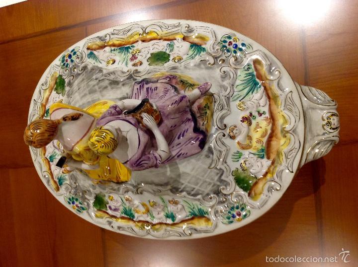 Antigüedades: Sopera portuguesa de gran tamaño, pintada a mano y con dorados. Pereiras valado Portugal - Foto 18 - 58120385