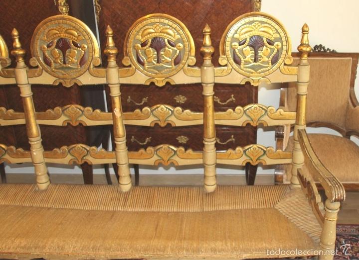 Antigüedades: TRESILLO EN MADERA DE PINO POLICROMADO. ESTILO BARROCO. ESPAÑA. AÑO 1850. - Foto 4 - 58131607