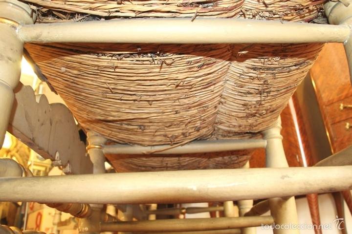 Antigüedades: TRESILLO EN MADERA DE PINO POLICROMADO. ESTILO BARROCO. ESPAÑA. AÑO 1850. - Foto 12 - 58131607