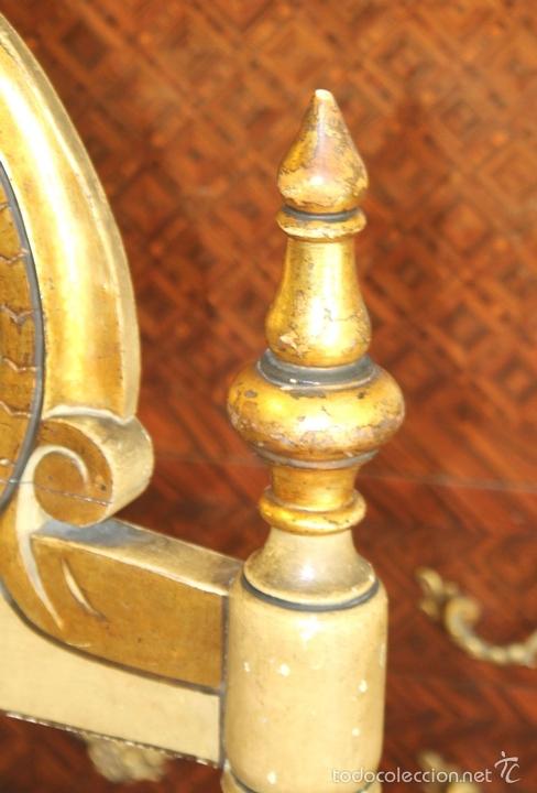 Antigüedades: TRESILLO EN MADERA DE PINO POLICROMADO. ESTILO BARROCO. ESPAÑA. AÑO 1850. - Foto 17 - 58131607