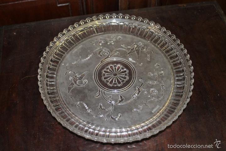 PLATO CRISTAL BACCARAT 28 CMS DE DIAMETRO (Antigüedades - Cristal y Vidrio - Baccarat )