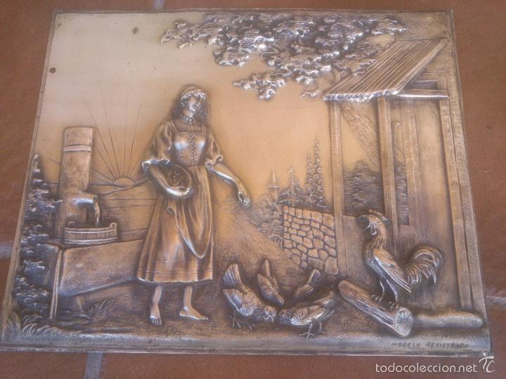 PLACA EN ALTO RELIEVE MODELO REGISTRADO (Antigüedades - Varios)