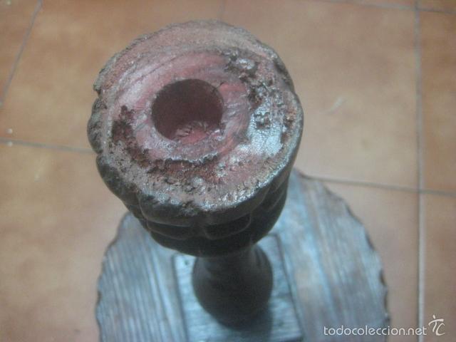 Antigüedades: PRECIOSA MESA VELADOR HECHA EN MADERA TALLADA MUY GRUESA DE TRES PIEZAS, PRINCIPIOS SIGLO XX - Foto 15 - 60091215
