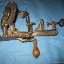 Antigüedades: ANTIGUO PELADOR DE MANZANAS PELAR AÑOS 30-40 PIEZA DE MUSEO ETNOGRAFICA. Lote 58257947