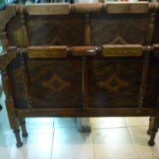 Antigüedades: ANTIGUA CAMA DE MADERA DECORADA. MEDIDAS 190 X 110.. Lote 58262203