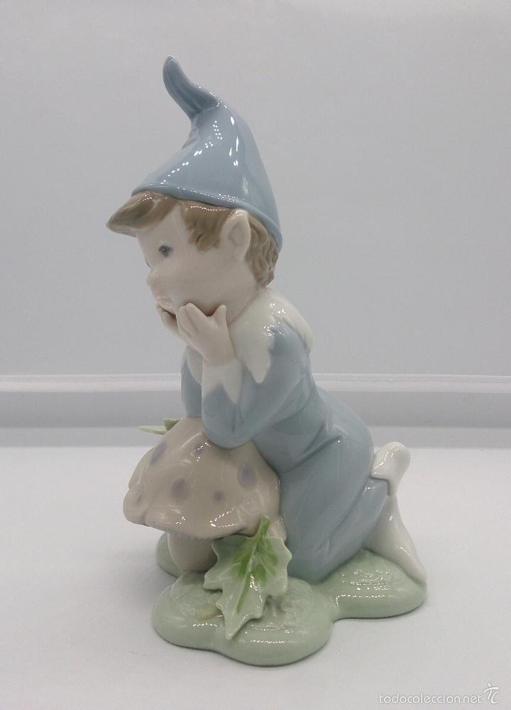 BELLO DUENDE EN PORCELANA LLADRÓ ( GOLDEN MEMORIES ), DAISA 1993 . (Antigüedades - Porcelanas y Cerámicas - Lladró)