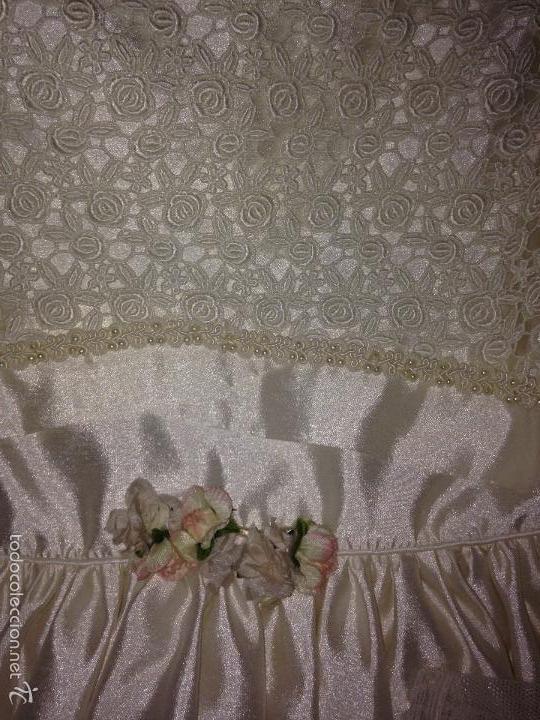 Antigüedades: vestido de primera comunión o de dama de boda pamela, tocado guantes limosnera y can can - Foto 2 - 58271204