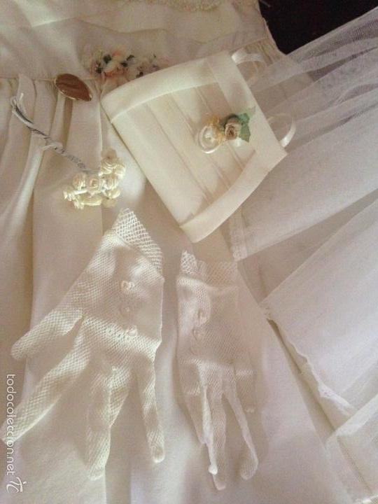 Antigüedades: vestido de primera comunión o de dama de boda pamela, tocado guantes limosnera y can can - Foto 11 - 58271204