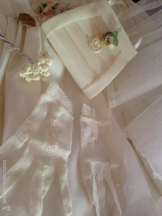 Antigüedades: vestido de primera comunión o de dama de boda pamela, tocado guantes limosnera y can can - Foto 13 - 58271204