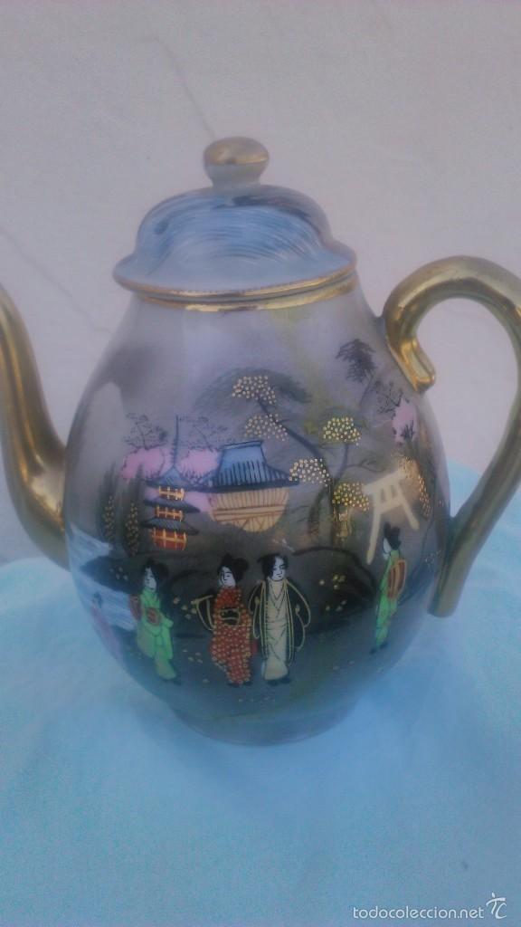 Antigüedades: Precioso juego de café de porcelana japonesa pintado completamente a mano.años 30/40 - Foto 5 - 58273799