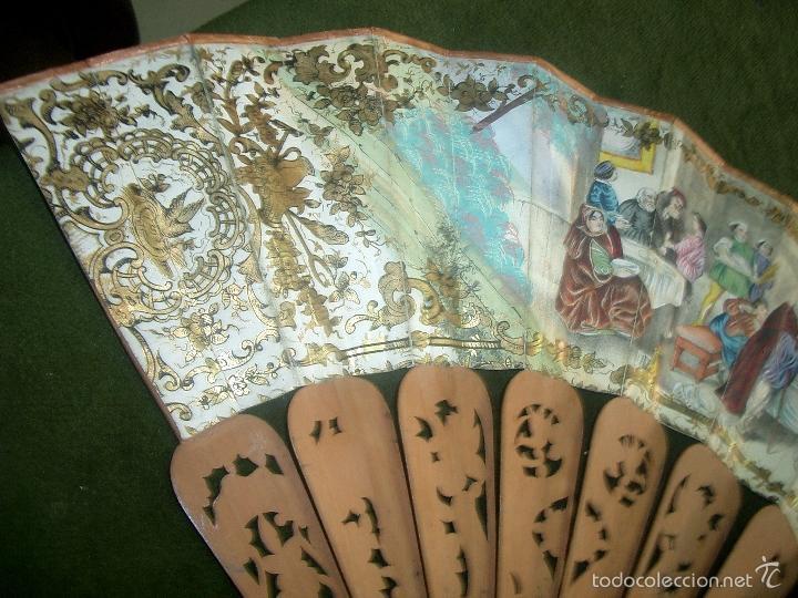 Antigüedades: Abanico isabelino varilla de madera tallada pais litografiado.ca7 - Foto 7 - 58276154