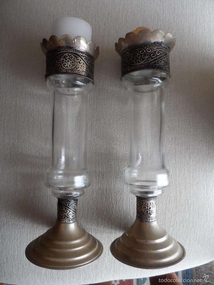 PAREJA DE ANTIGUOS CADELABROS ARABES EN VIDRIO Y ALPACA (Antigüedades - Iluminación - Candelabros Antiguos)