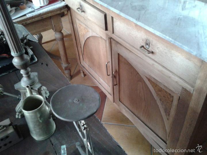 Antigüedades: aparador con mármol y espejo - Foto 8 - 56115832