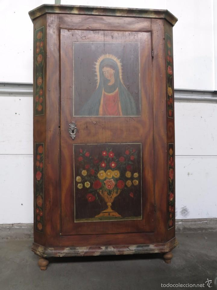 Antigüedades: Armario policromado de estilo alemán con motivos religiosos. - Foto 4 - 58339850