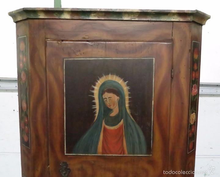 Antigüedades: Armario policromado de estilo alemán con motivos religiosos. - Foto 5 - 58339850