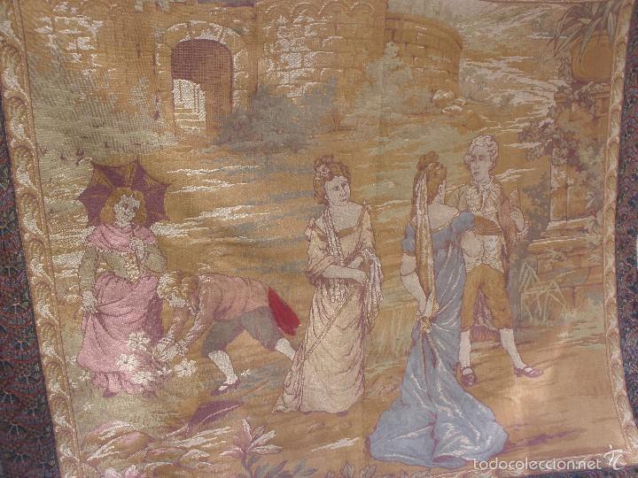 Antigüedades: ANTIGUO TAPIZ SIGLO XIX PRIMEROS DEL XX CON ESCENA GALANTE 1,63 CM X 1,44 CM. - Foto 3 - 58344583