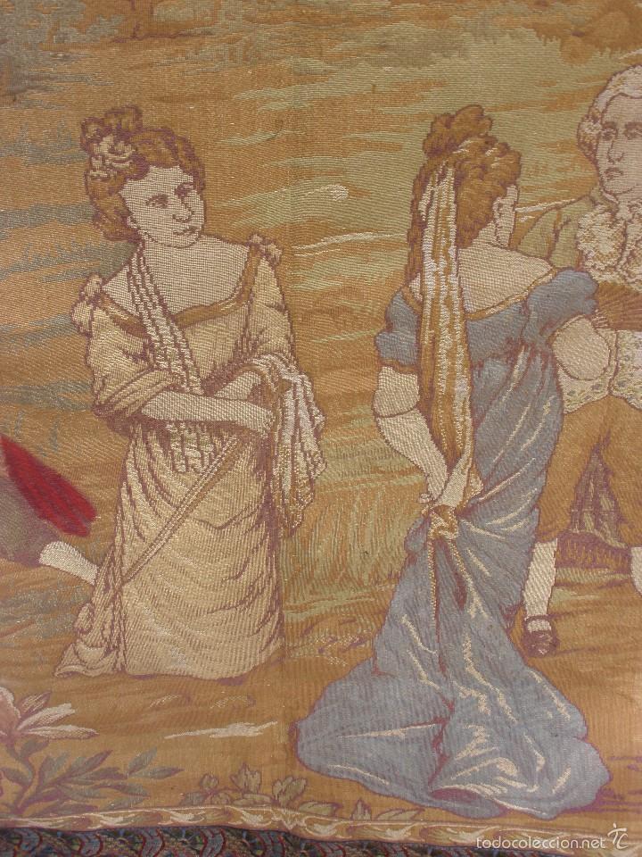 Antigüedades: ANTIGUO TAPIZ SIGLO XIX PRIMEROS DEL XX CON ESCENA GALANTE 1,63 CM X 1,44 CM. - Foto 5 - 58344583