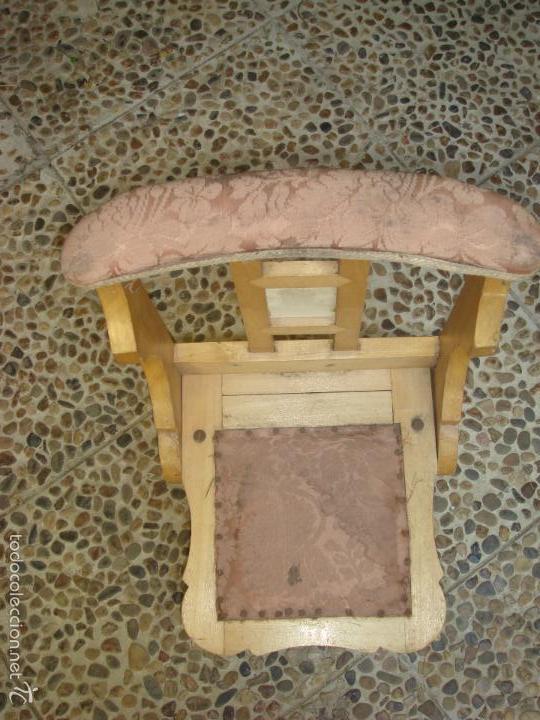 Antigüedades: ANTIGUO PEQUEÑO RECLINATORIO O MUEBLE DE REZO EN MADERA MACIZA Y TAPIZADO. C1930 - Foto 6 - 32566299