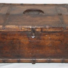 Antigüedades: ARQUETA COLONIAL SIGLO XVIII-XIX INDOPORTUGUESA CON DECORACIÓN GEOMÉTRICA. Lote 58382795