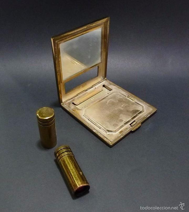 Antigüedades: ANTIGUA POLVERA METAL DORADO Y ESMALTADA CON PINTALABIOS- ART DECO AÑOS 30-40 - Foto 3 - 58398454