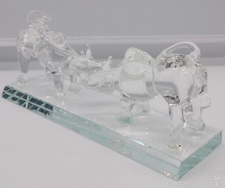 Antigüedades: Escultura antigua en cristal de murano Italiano ( Toros encarados sobre peana ), Isla de San Michele - Foto 2 - 58408613